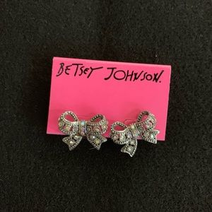Accessories - New Betsey Johnson Silver Bow Stud Earrings